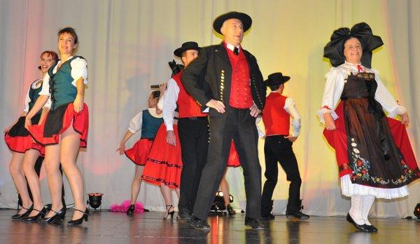 Danses-alsaciennes-et-orchestre-alsacien