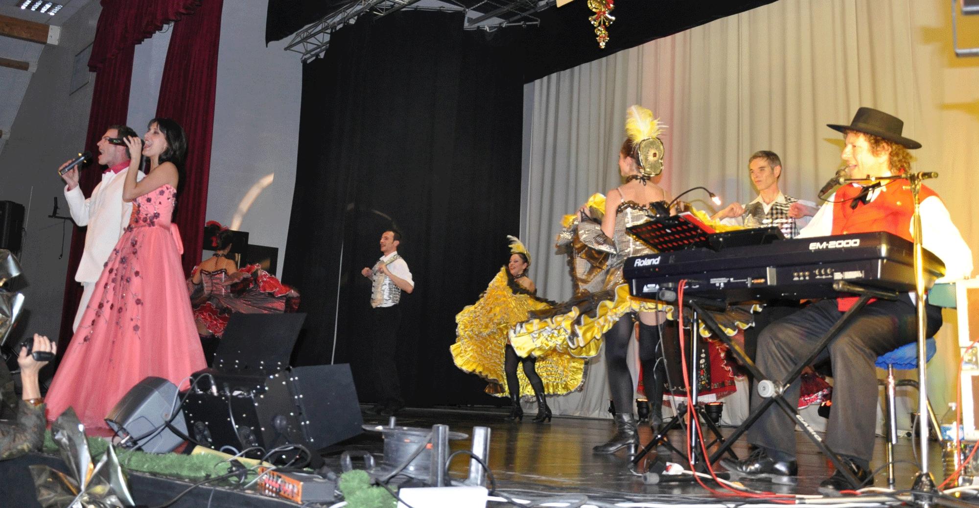 Sully sur Loire - 45-2009-orchestre alsacien 13