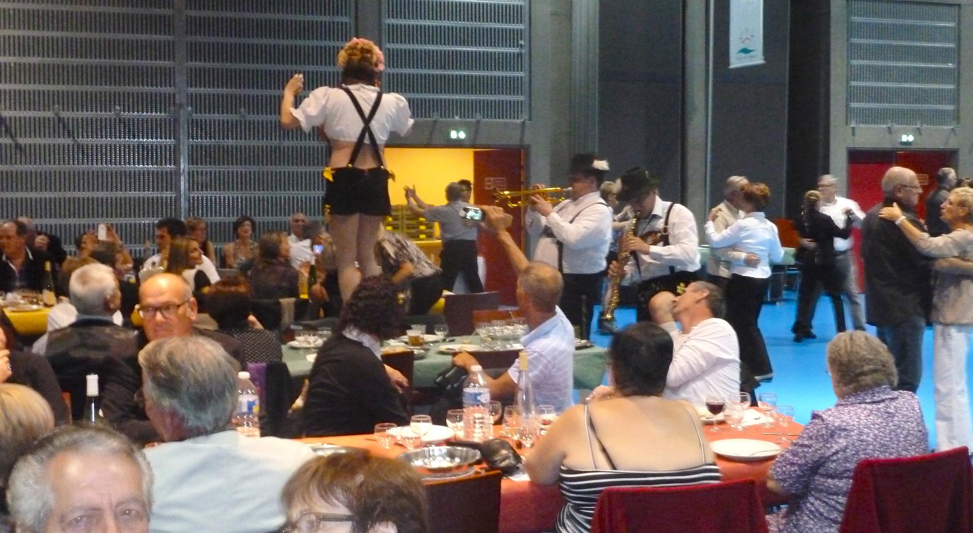 2b Lion's Club 2012 Pont à Mousson orchestre bavarois dans le public