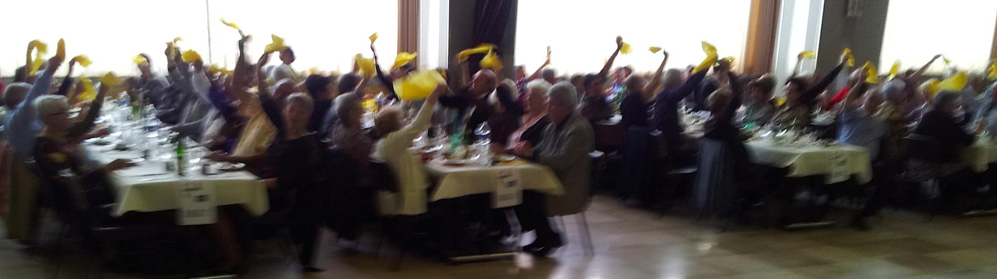 3- Ambiance festive à Sochaux 25, avec l'orchestre bavarois GALLISCH BREZEL, 15 avril 2012