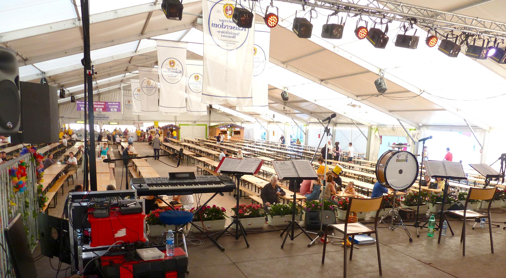 6b Ambérieu 01 Fête de la Bière orchestre bavarois Gallisch Brezel