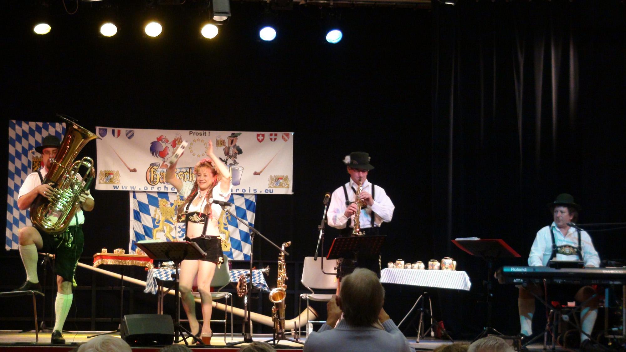 1 Ollainville 12 novembre 2011 orchestre bavarois ambiance