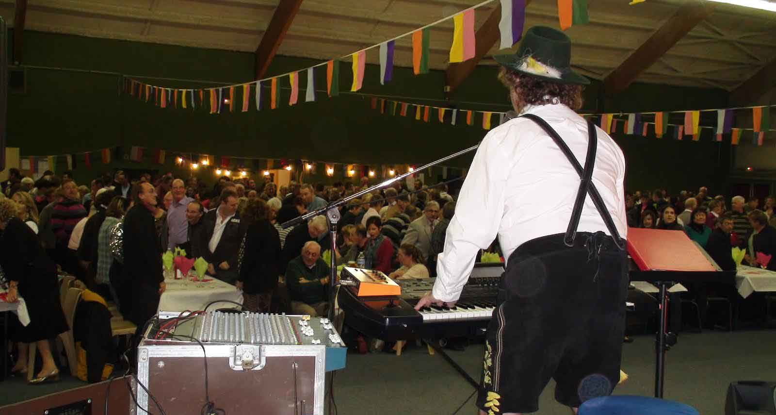 Les Pieux 50 (2009)-soirée bavaroise 10