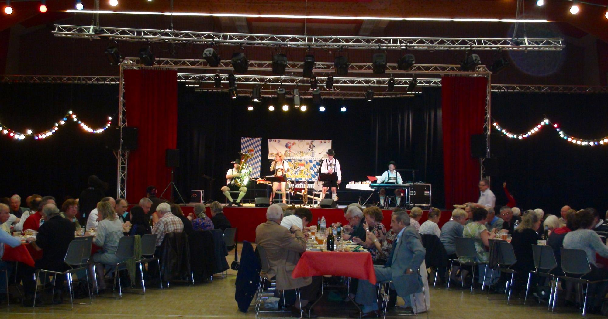 5 Ollainville 12 novembre 2011 soirée choucroute orchestre bavarois