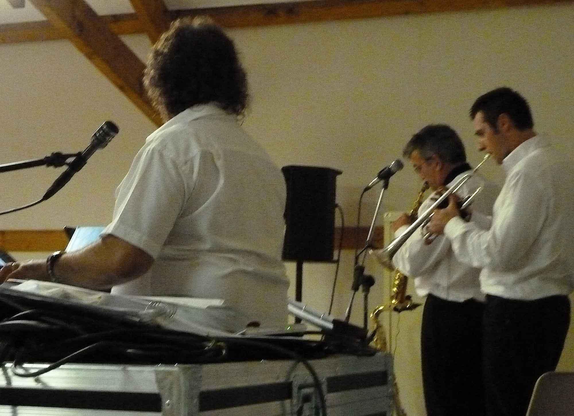 Chennevières les Louvres 95 (2011)-orchestre de variété 3