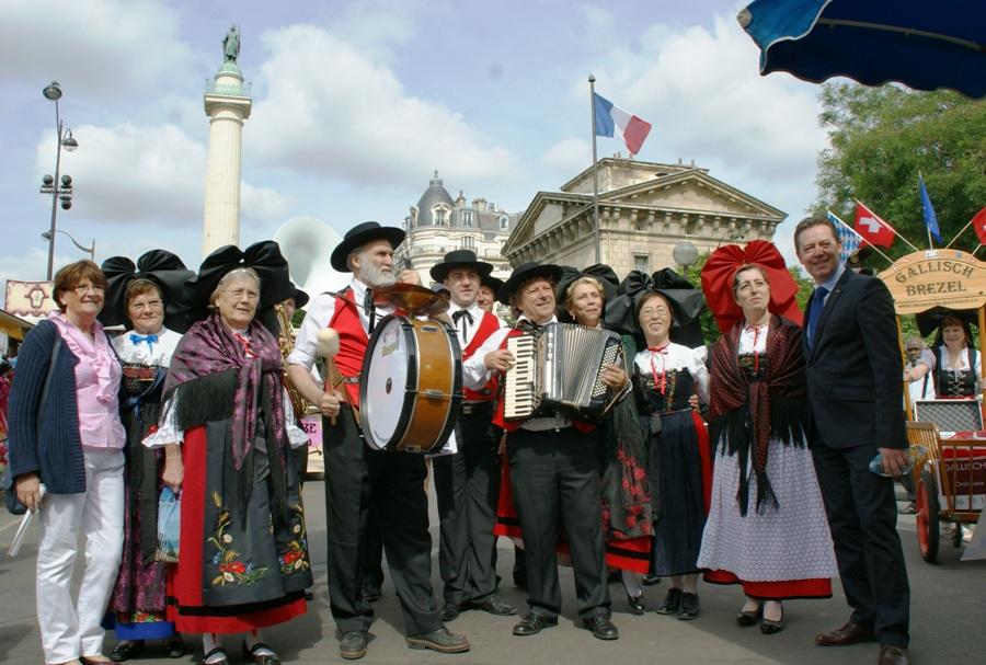Orchestre Alsacien en extérieur