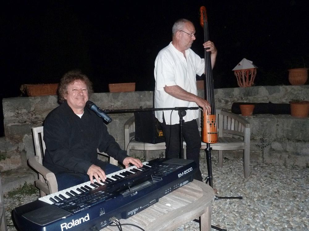 Le Luc 83 - 2013- orchestre de variété 2