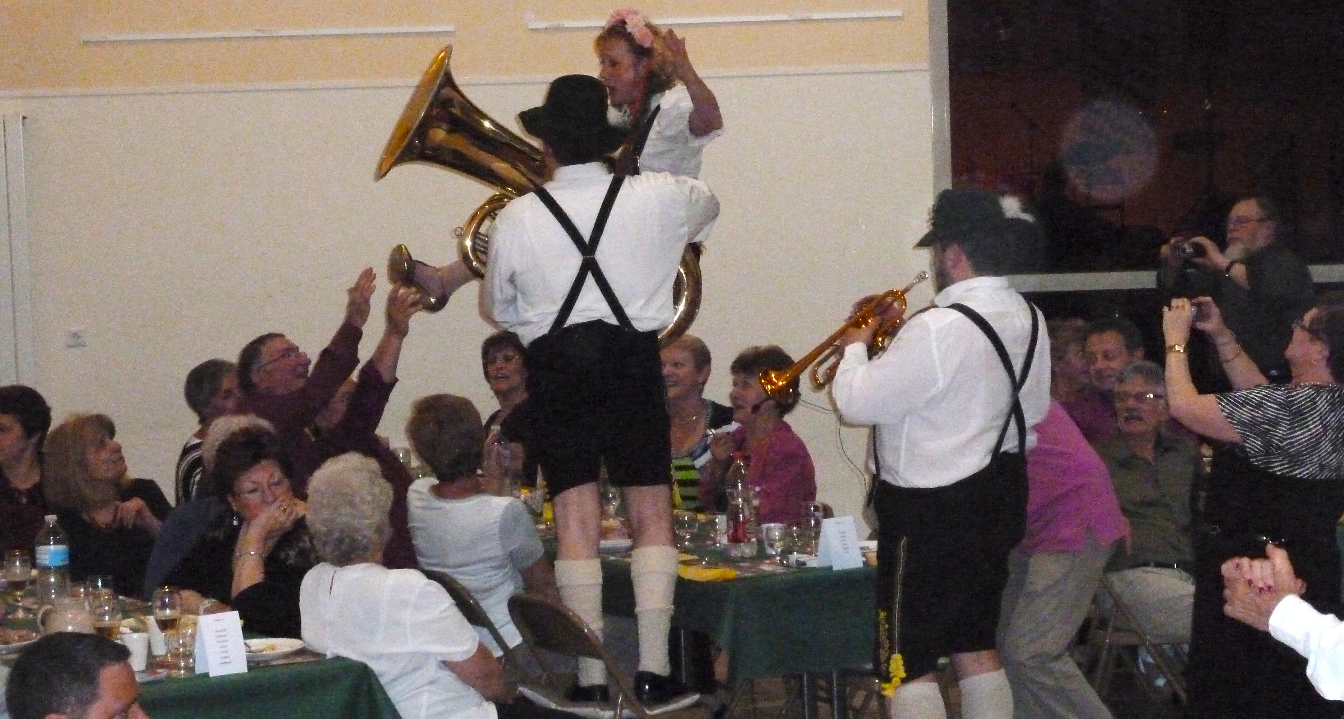 Maffliers 95- 2012- orchestre bavarois -orchestre de variété