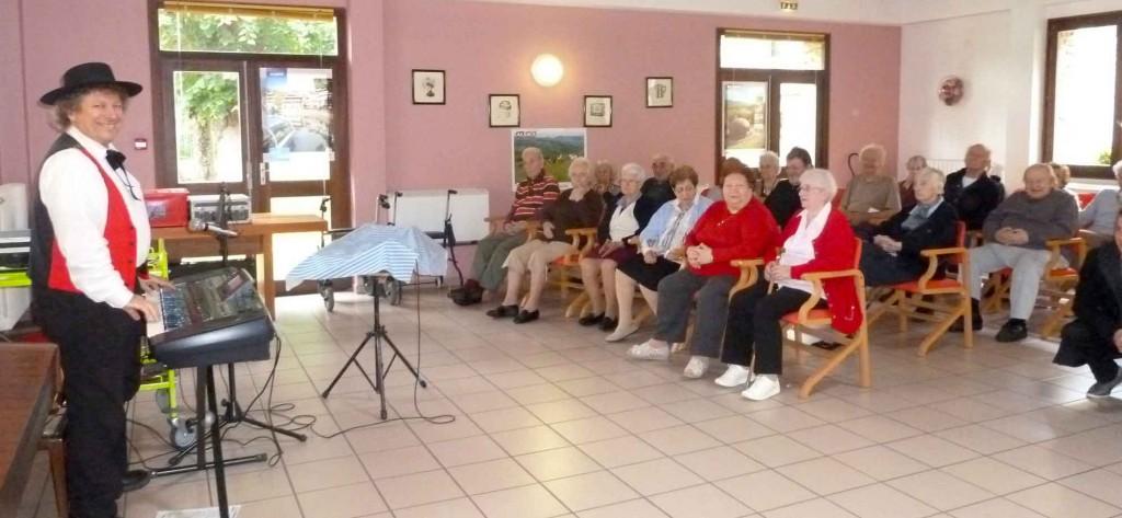 La Queue les Yvelines 78 -2013- orchestre alsacien 1
