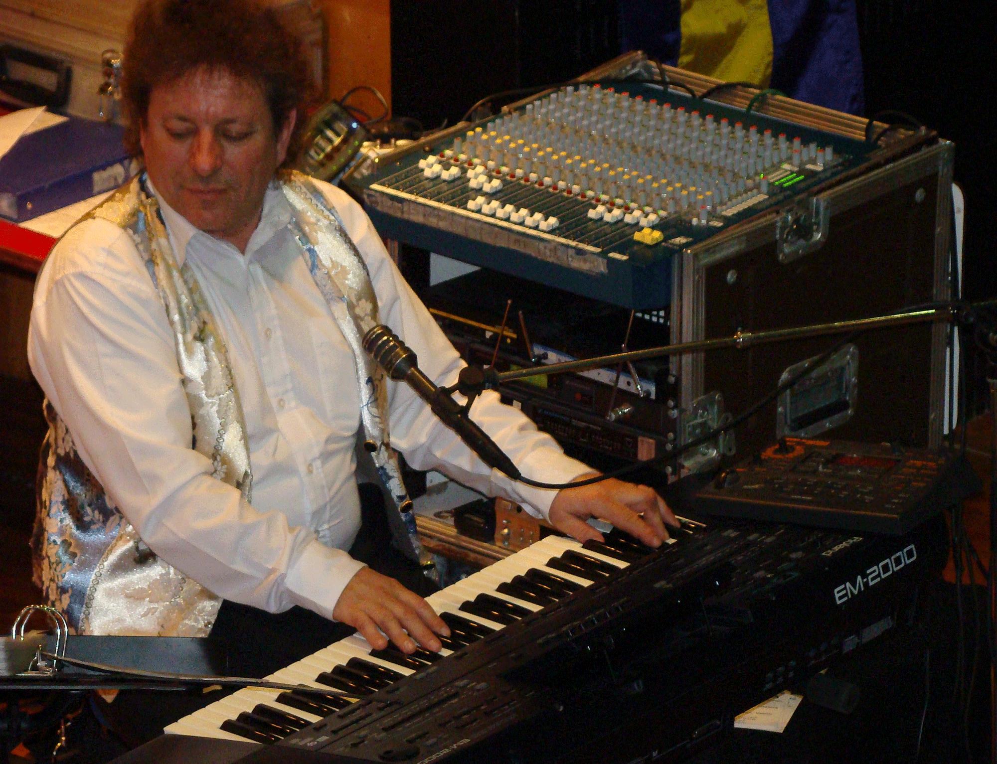 maison alfort 77-2009- orchestre de variété 2