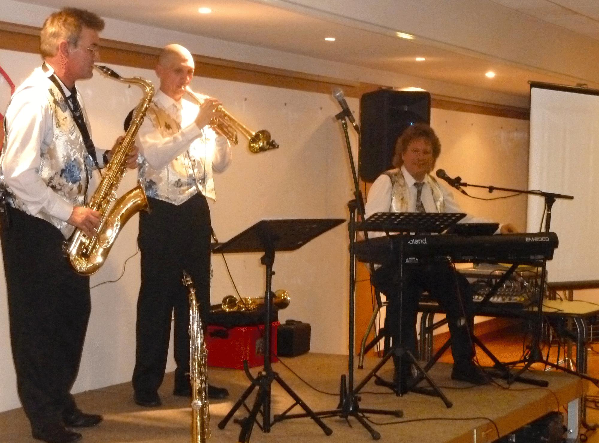 1-Orchestre-variété-jazz-pour-les-20-ans-de-SLMM-Mesnil-le-roi